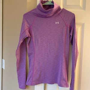 Under Armour  LS coldgear top light purple small